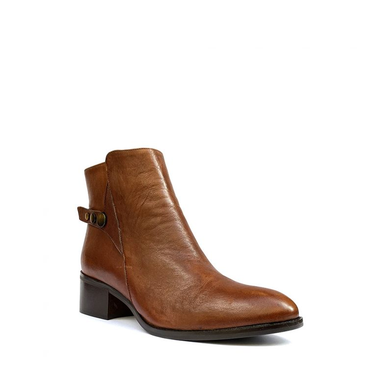 zipped calfskin ankle boots